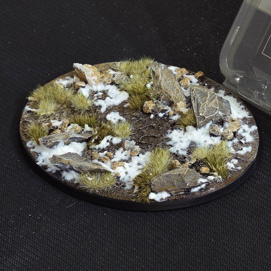 GamersGrass Winter Bases Oval 120mm x1