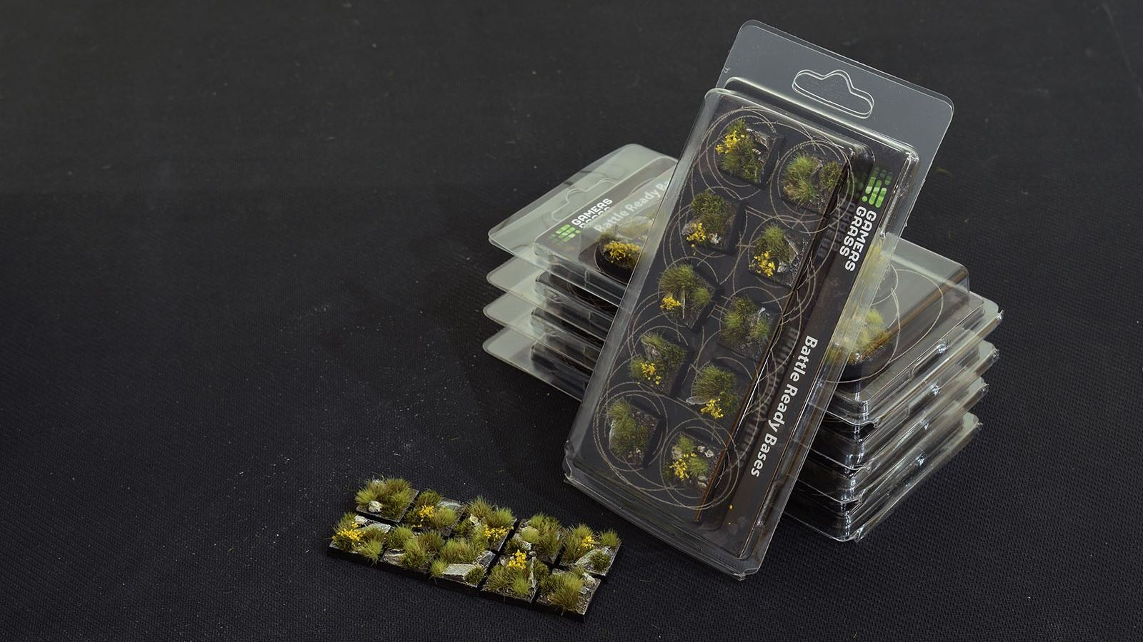 GamersGrass Highland Bases Square 20mm x10